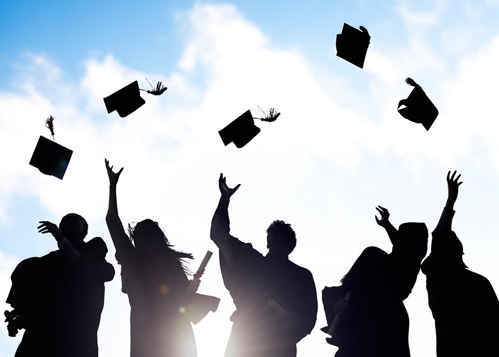 graduation_silhouette