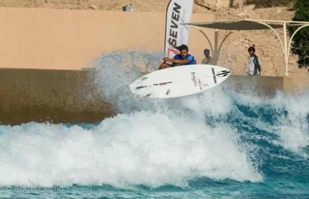 Caio Vaz keeps his momentum through Stop 3 of the 2014 Stand Up World Tour