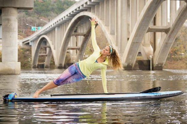 SUP Rolling Side Plank 1