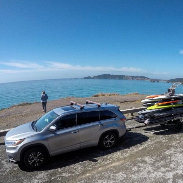 Stopping to take in the view along the Oregon coast with our Sportsrig and JP Australia boards in tow.