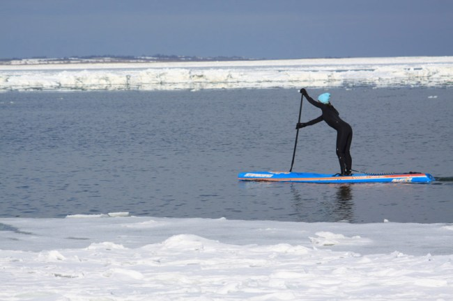 Evelyn ODoherty Jodelle Fitzwater stand up paddle winter
