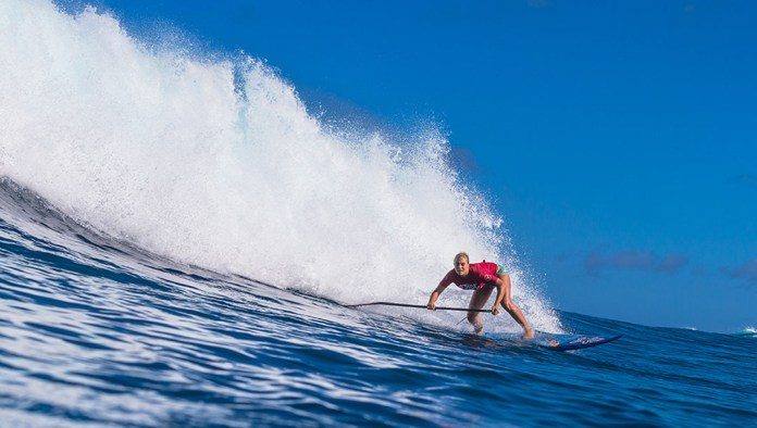 Izzi Gomez Starboard SUP Sunset Beach Pro APP World Touc