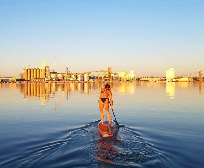Golden sup session in the Port of Sacramento
