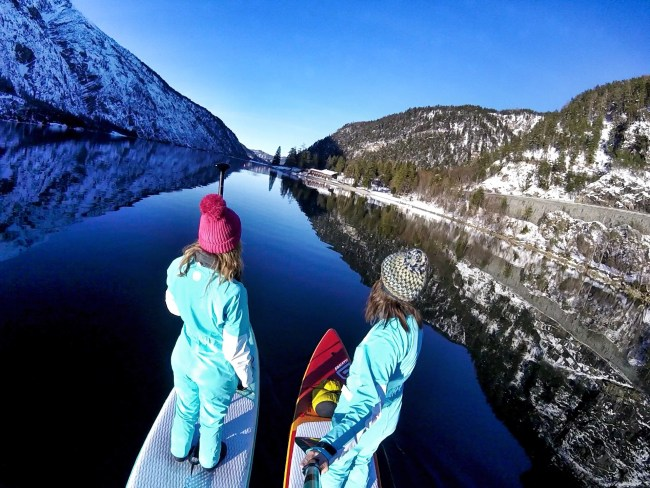 Girls on Sups Bavaria Lake Eibsee Fanatic drysuits