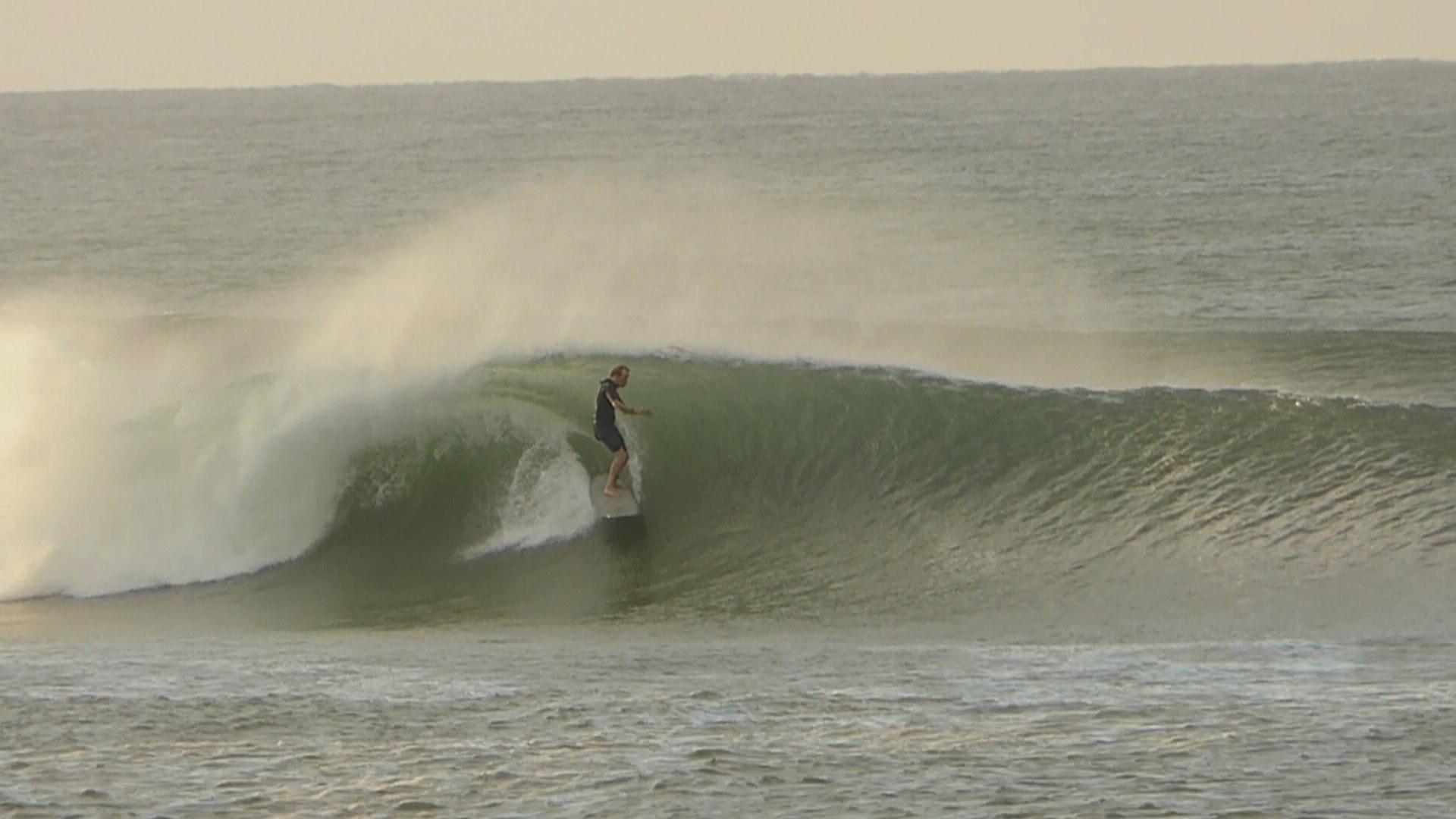 steve-halpin-surfing