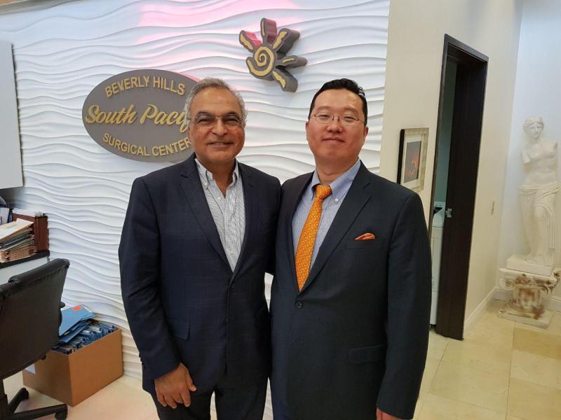 Dr  Sean Park Joins Dr  James Elist to Learn the Penuma