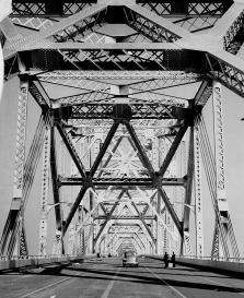 1936_Bay_Bridge_Cantilever_9628697707_cd9e302e9b_b