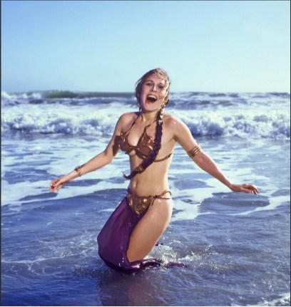 Princess-Leia-Bikini-10-Hot-Behind-the-Scenes