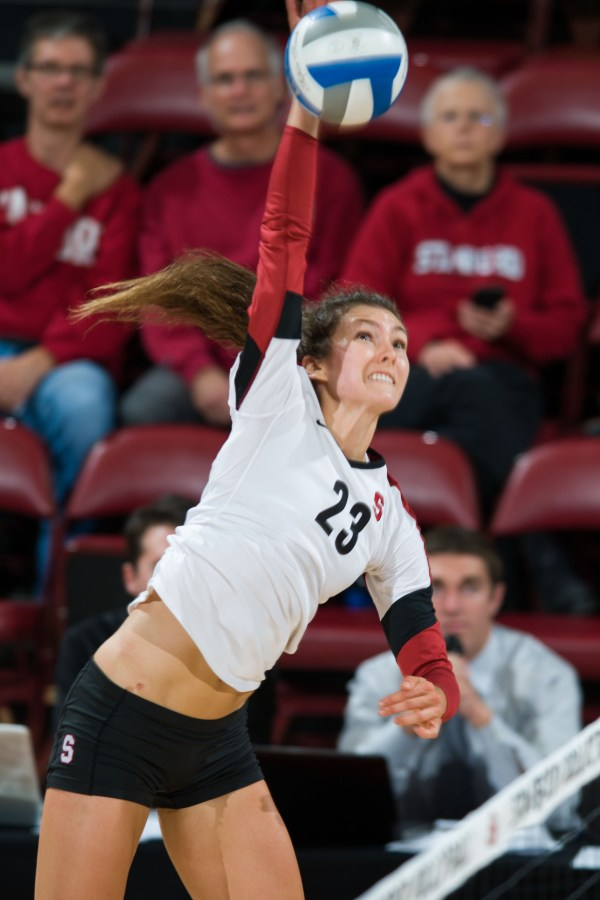 Women's Volleyball sweeps Beavers | Stanford Daily