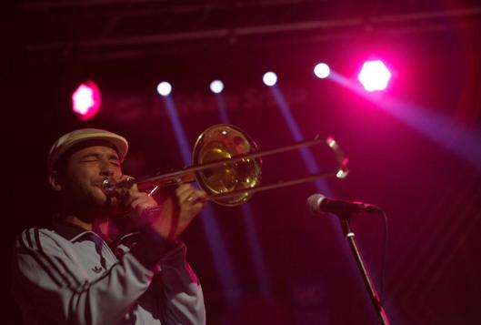 Youssef Essawabi - tuba & tromblon with Michael Cuvillon