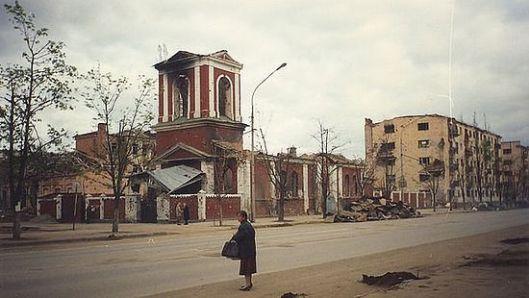 Грозни, 1998. г. Храм Архангела Михаjла