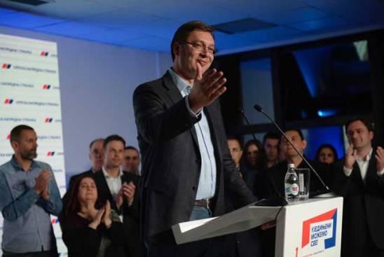Александар Вучић у изборном штабу СНС (Фото Танјуг)