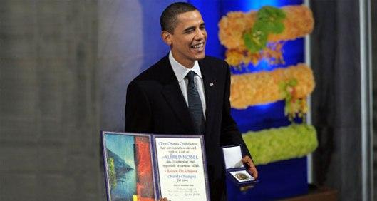 Барак Обама са Нобеловом наградом за мир, Осло, 2009. (Извор: Спутњик)