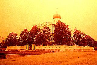 таким Свято-Никольский храм был при жизни Эмерика фон Гуттен-Чапского. Фото Яна Балзункевича, 1914