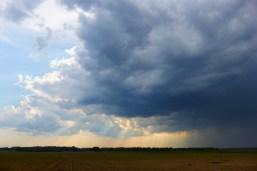 Перед грозой. Окрестности Станьково. Лето 2011. Фото Ильи Бражникова