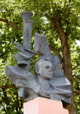 Марат Казей — мемориал в Станьково. Лето 2011. Фото Ильи Бражникова
