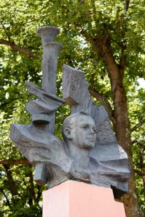 Марат Казей - мемориал в Станьково. Лето 2011. Фото Ильи Бражникова