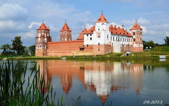 Путешествуем по Беларуси из Станьково: Мир, Несвиж. Belarus Travel Guide