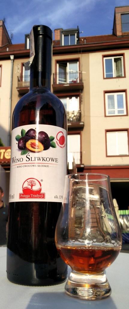 Wino śliwkowe słodkie