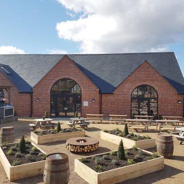farmshop_courtyard2
