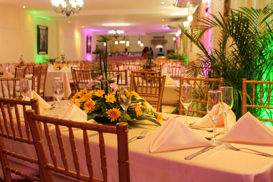 10 Wedding Reception Decoration Ideas On A Budget