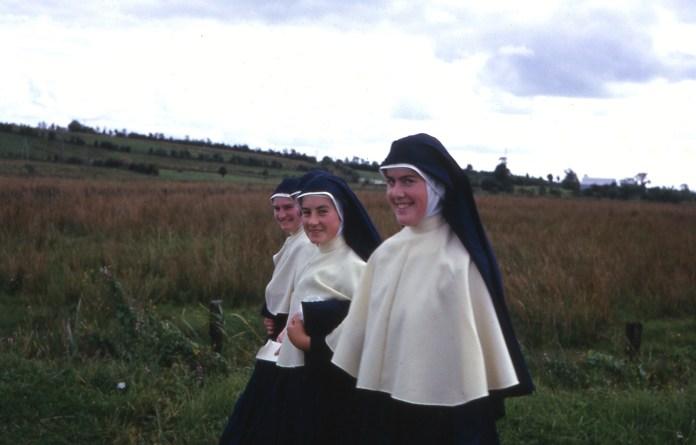 4-nuns