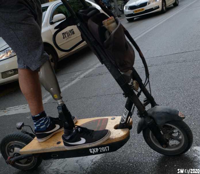Leg:scooter