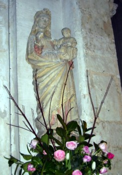 Marienstatue in der Kirche Saint-Martin, eigenes Foto, Lizenz CC by