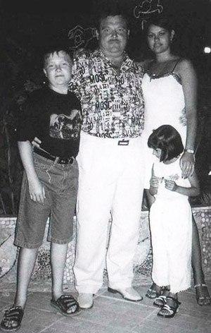 Ирина и Михаил Круг с детьми