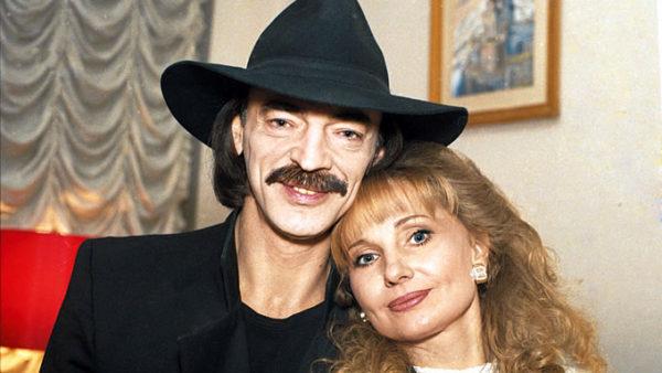 Михаил Боярский с женой Ларисой