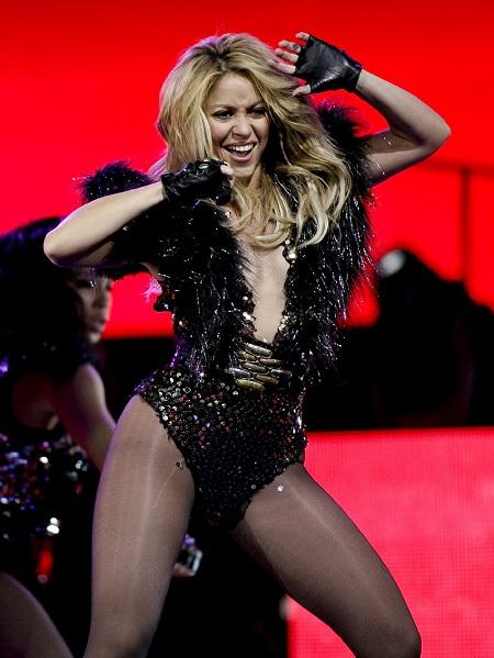Шакира на концерте. Фото