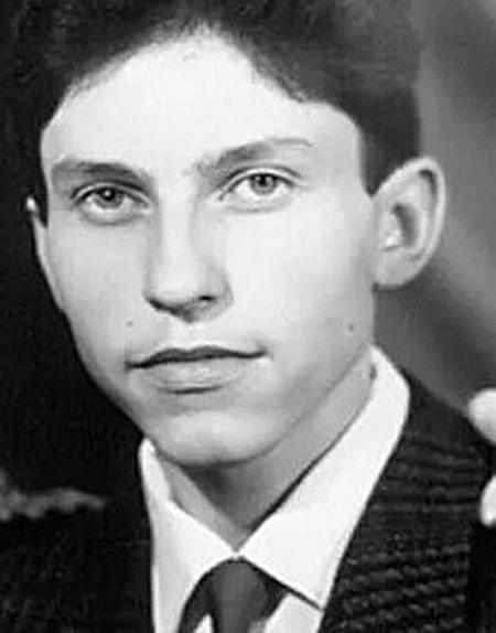 Александр Ревва в молодости. Фото
