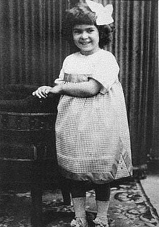 Коко Шанель в детстве. Фото