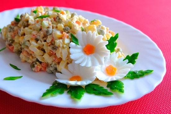 Классический рецепт салата Столичный