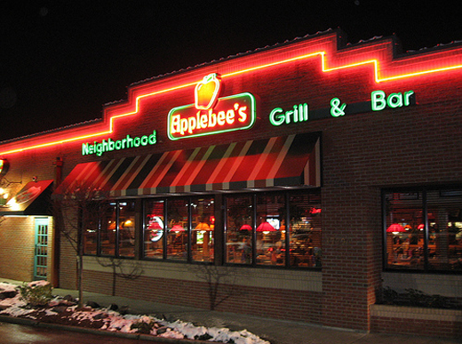 (Applebees)