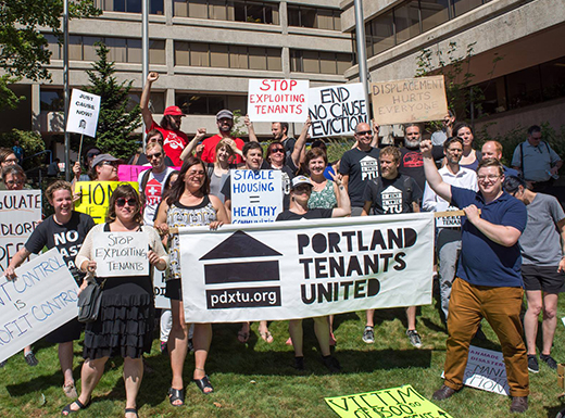 Portland Tenants United picket for tenants' rights. (Portland Tenants United)