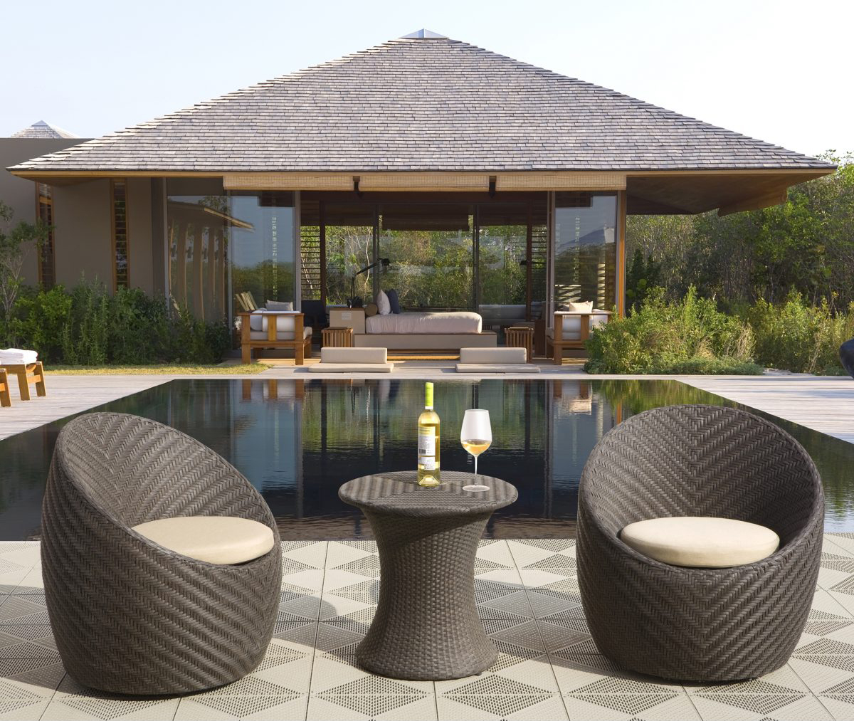 choose patio furniture for small spaces