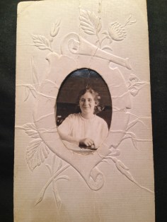 This is Sylvia Nagel, later Sylvia Singer, my great-grandmother. Her giant hair bow dates this picture to about 1905-1910.