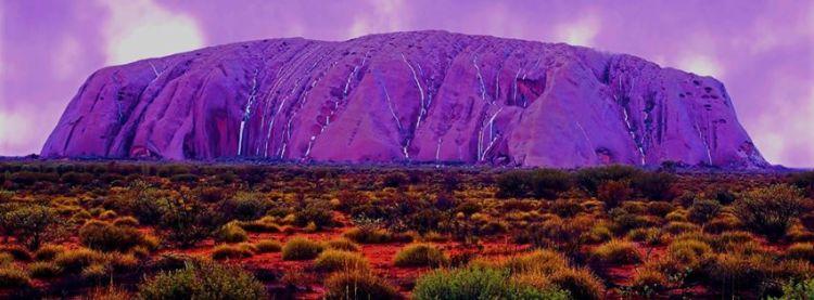 Uluru_sacred_purple_red earth