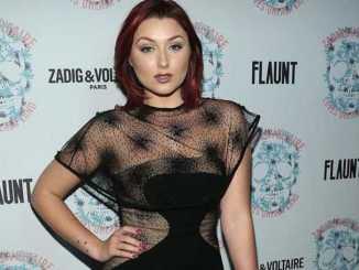 Anastasia Baranova holds a net worth of $500,000 as of 2019.