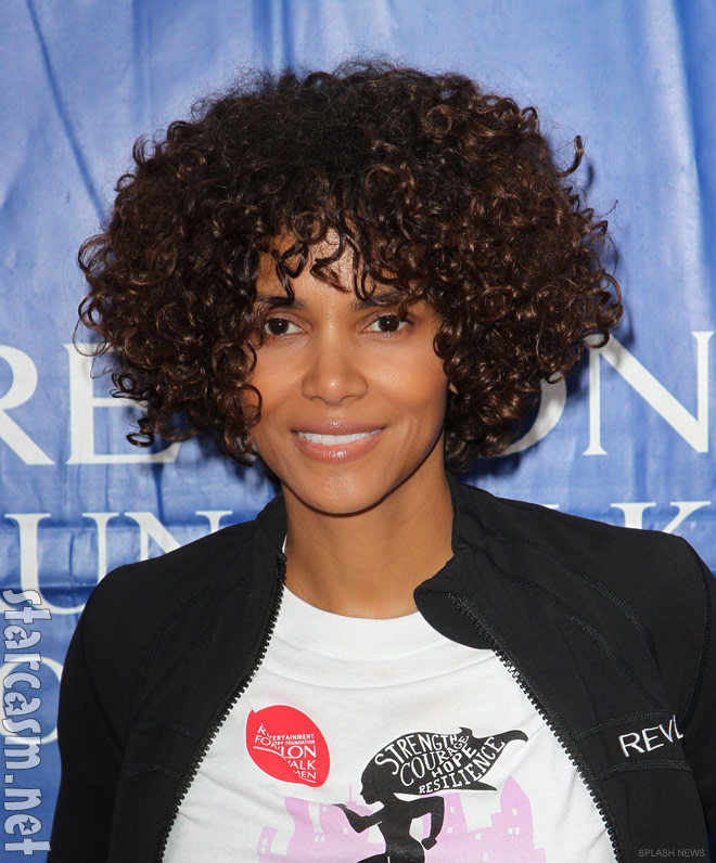PHOTOS Halle Berrys Curly Hair Extensions At 2012 EIF