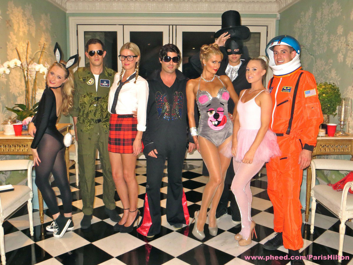 PHOTOS Paris Hilton Wears Miley Cyrus Teddy Bear Halloween