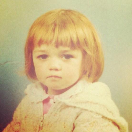 maisie williams childhood-ის სურათის შედეგი