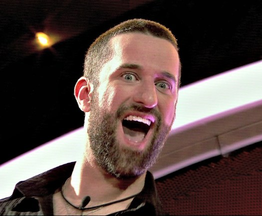 Dustin Diamond allegedly threatened to stab a guy over ...