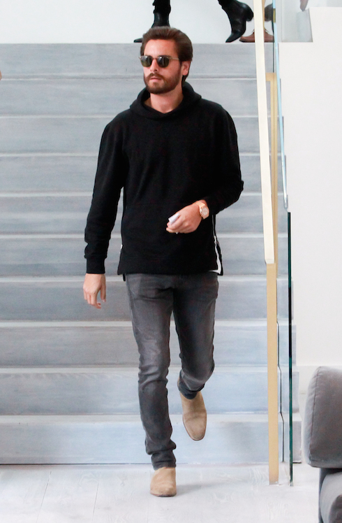 Kourtney Kardashian and Scott Disick take their son Mason to RH Contemporary Art in Beverly Hills, after spending Thanksgiving together. Featuring: Scott Disick Where: Beverly Hills, California, United States When: 27 Nov 2015 Credit: WENN.com