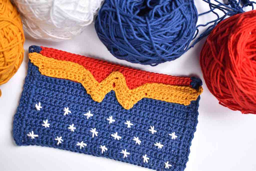 Wonder-Woman-Crochet-Face-Mask-Cover-3