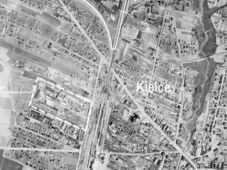 Zdjęcie lotnicze Kielc z 1944r.