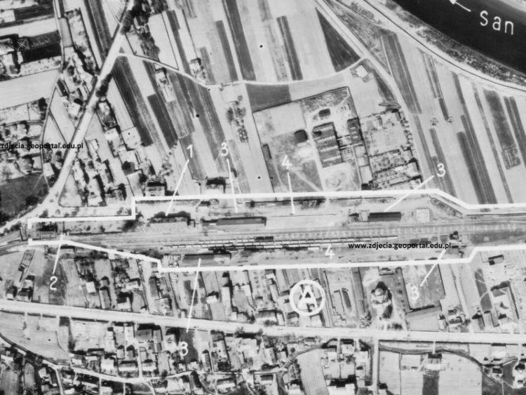 Zdjęcie lotnicze Sanoka z 1944r.