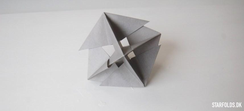 Sådan samler du dine geometriske ophæng