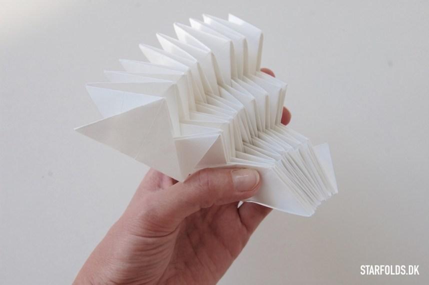 DIY Lampe papir foldet sammen